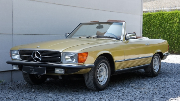 SOLD ' 77 Mercedes-Benz 450 SL