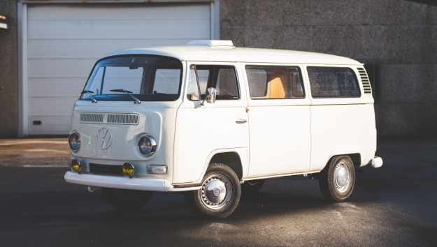 SOLD '72 Volkswagen Type 2